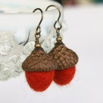 Acorn earrings orange1b